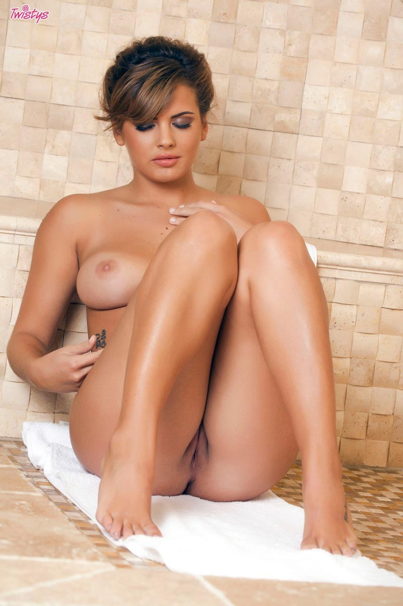 Keisha grey shower