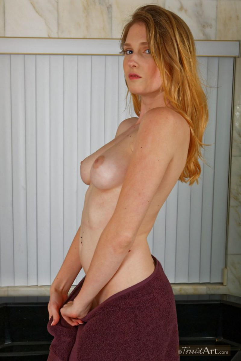 ashley lane hot tits on display