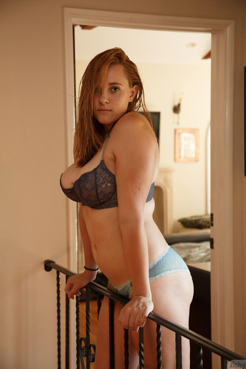 curvy amateur tumblr
