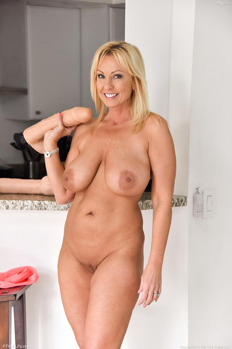 Blonde with monster dildo