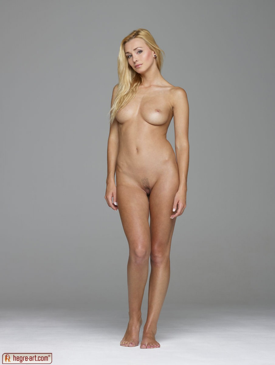 Perfect Blonde Nude Standing Full Body - Photo Porn-1330