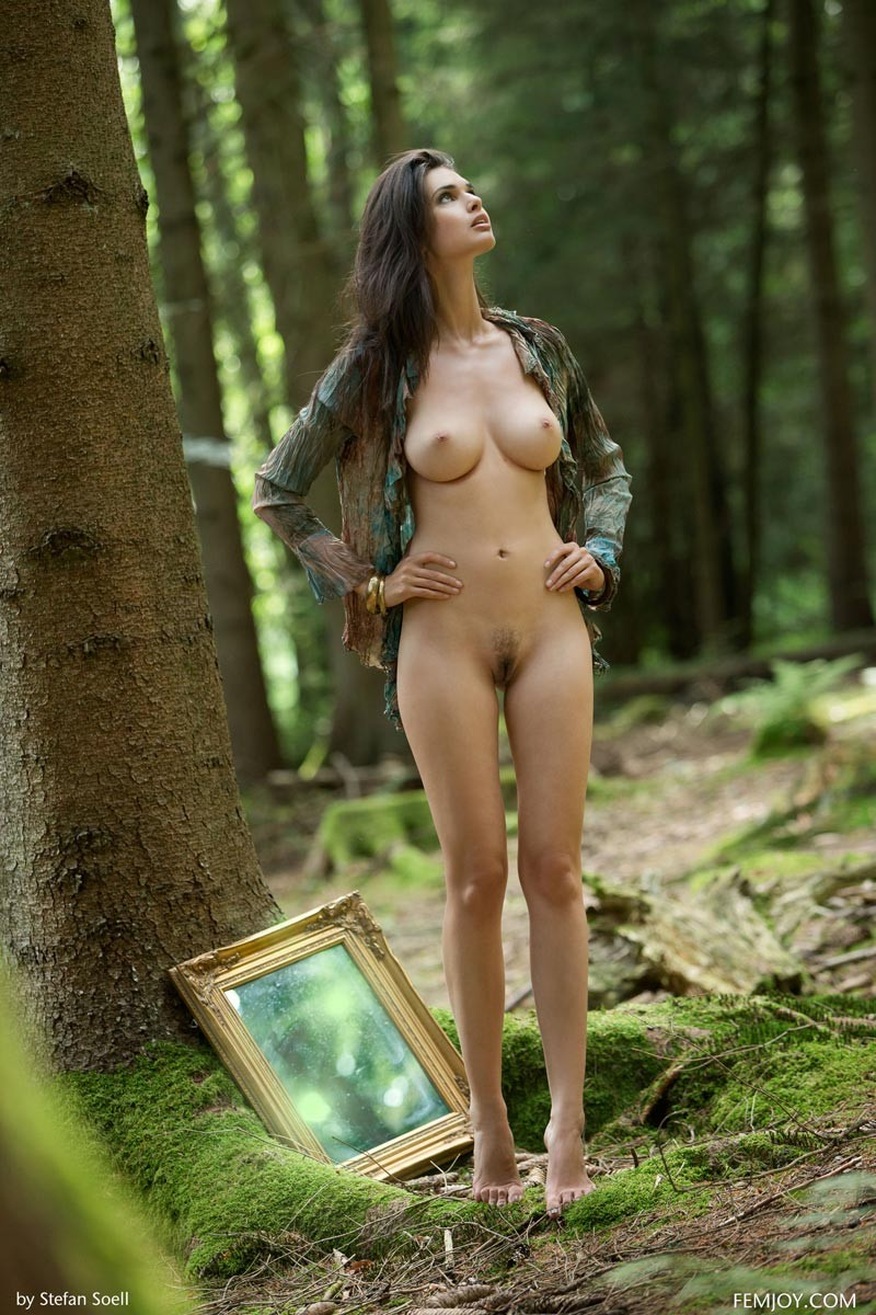 Jasmine Andreas Naked Forest Nymph-4312