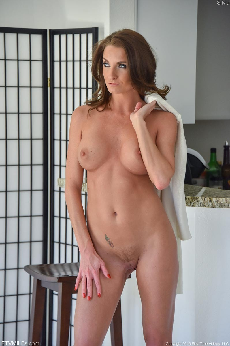 Rock Hard Nude Cougar Shows Shaved Pussy-8246