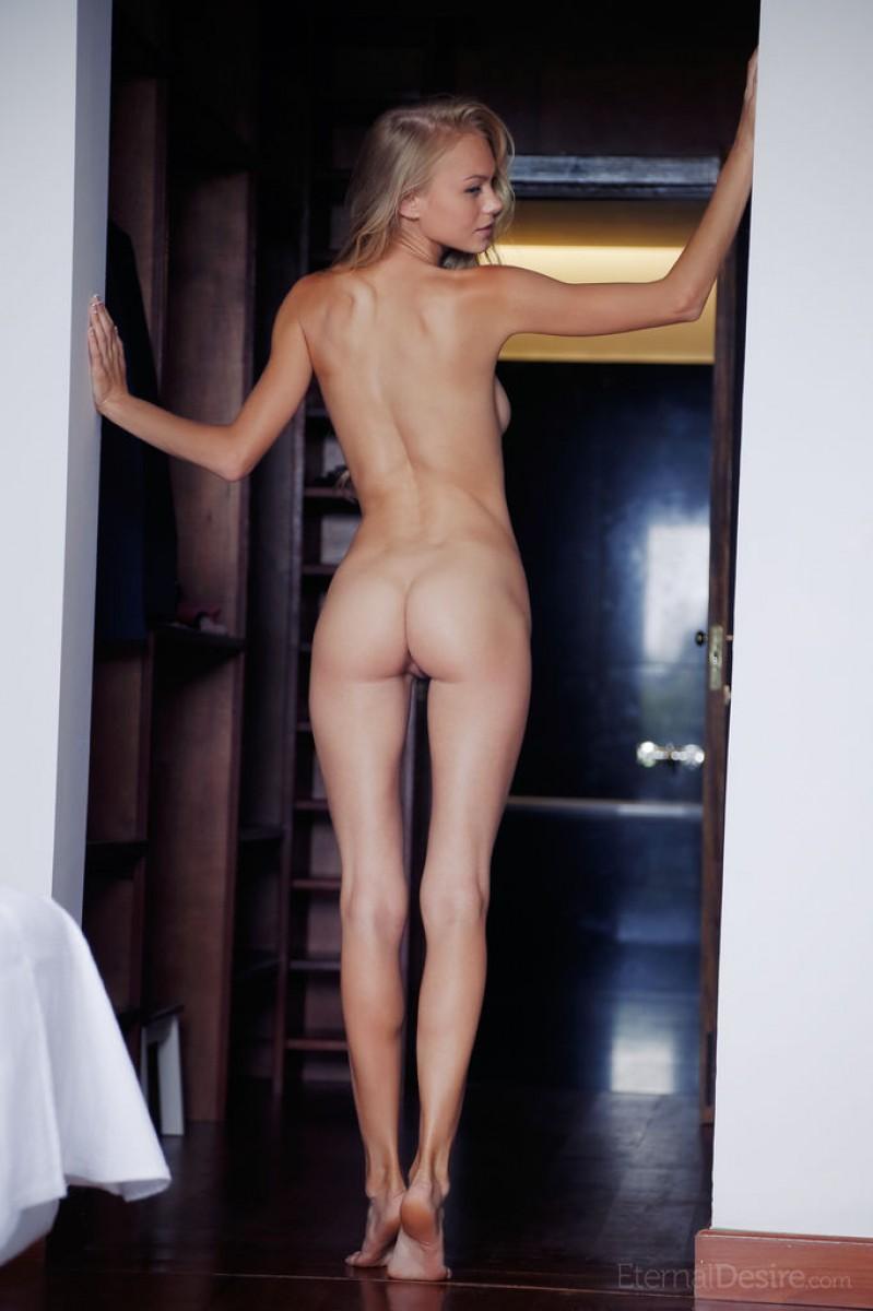 Nancy A Leggy Naked Blonde Teenie-7475