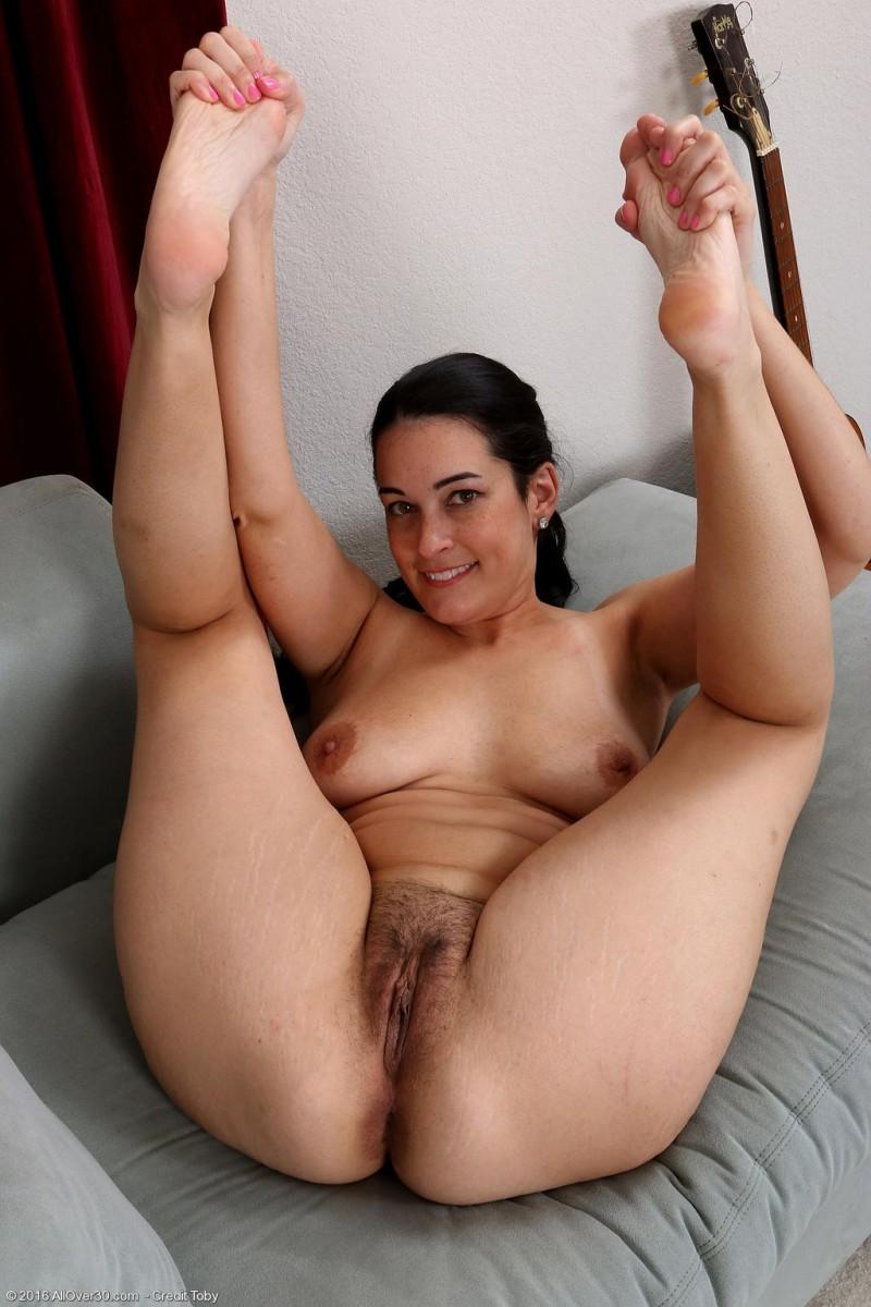 Nyla Parker Curvy Naked Wife-3021