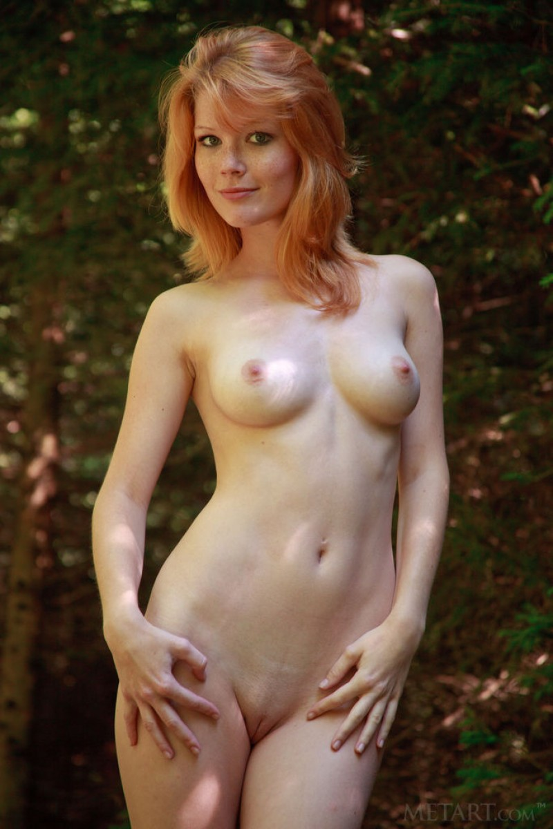 Mia Sollis Naked Ginger In The Woods-6176