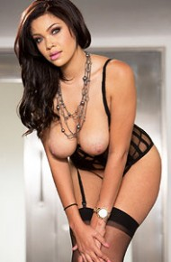 Cassidy Banks  nackt