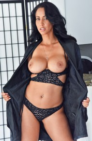 Busty Cougar Isis Love in Lingerie