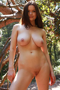 Marjana Horstmann Naked and Lost