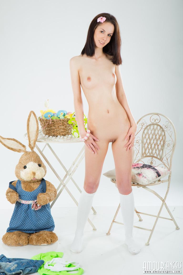 naked-bunny-teens