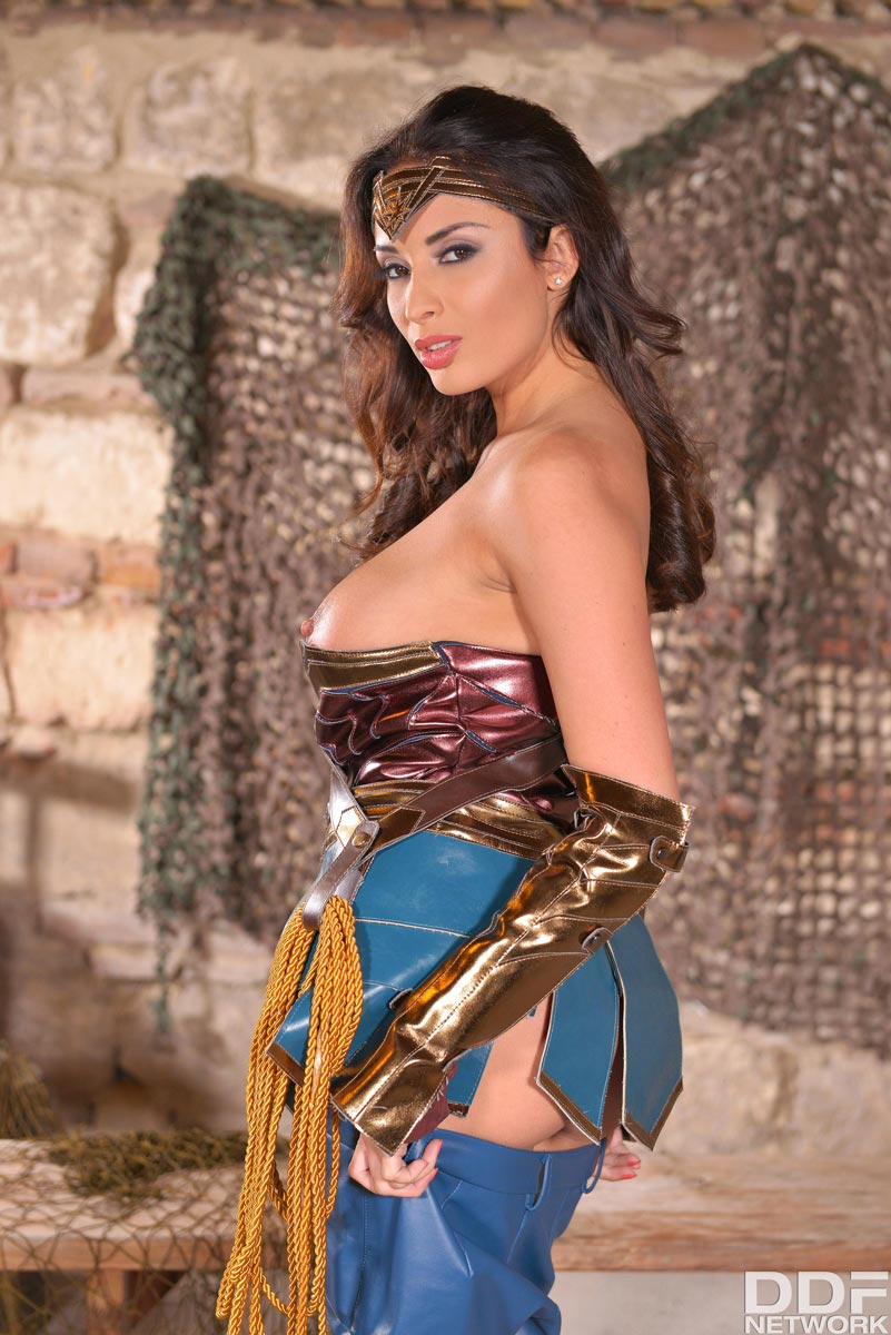 Anissa Kate Talk French
