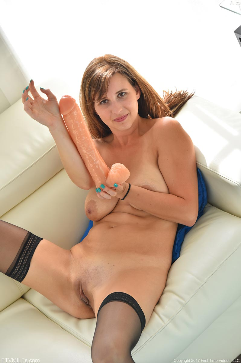 Alice Chambers Fucks A Huge Dildo-8499