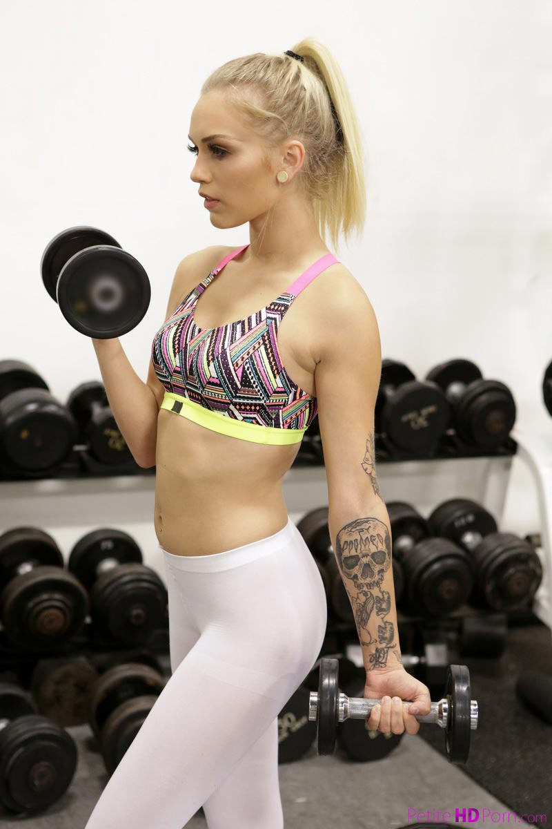 Alex Grey Fucked In The Gym-4068