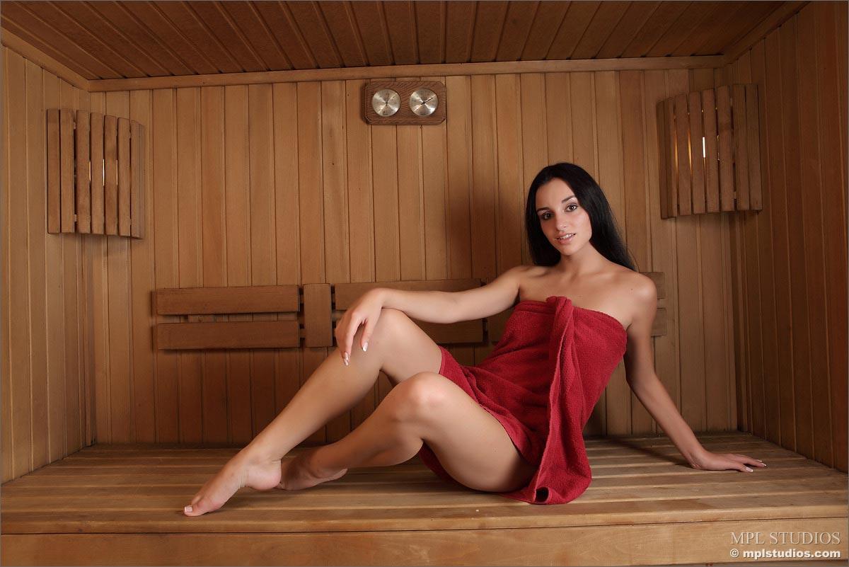 Nudes sauna Sauna: 108