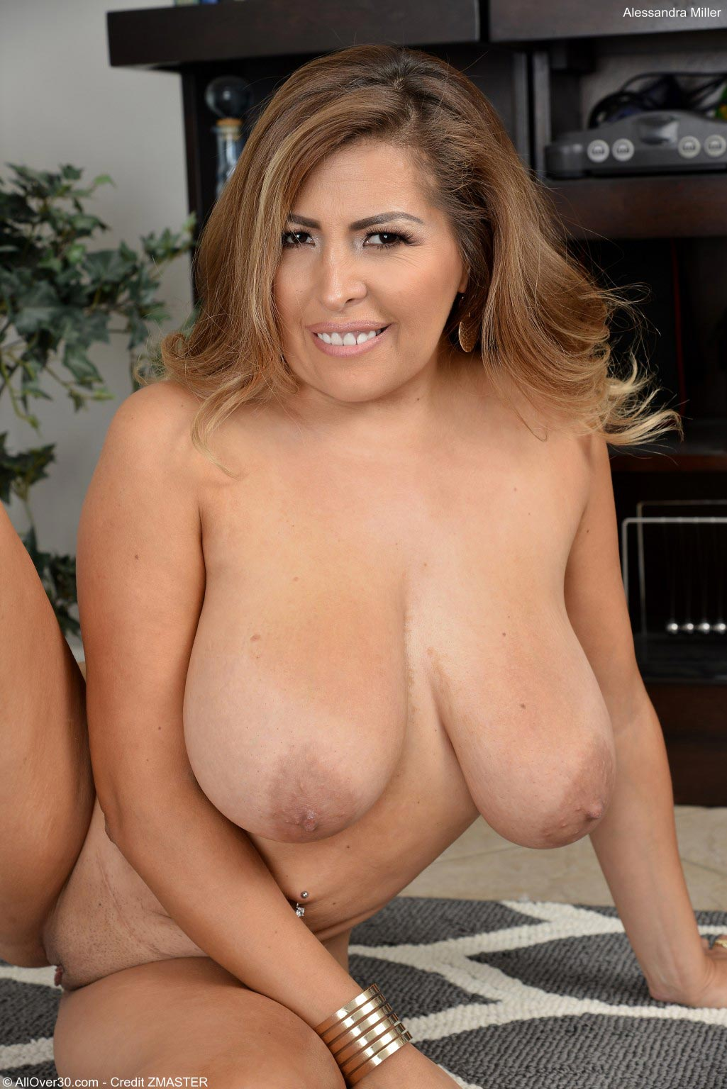 Alessandra Miller Thick Latina In A Bodysuit-8414