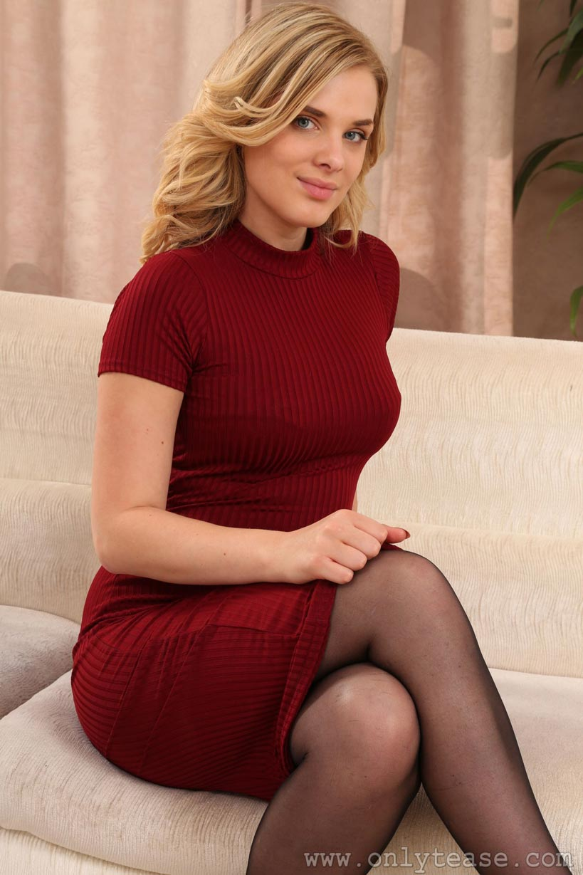 asha evans red dress and pantyhose