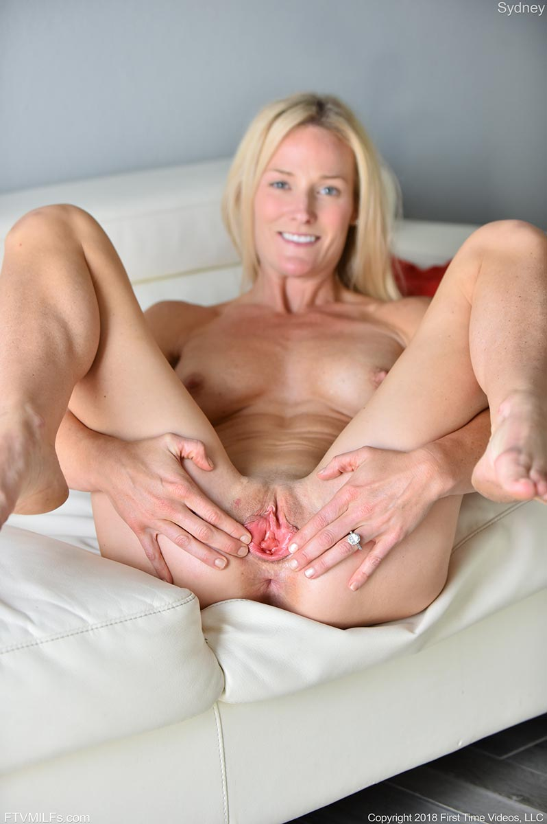 Mature mom anal videos-4064