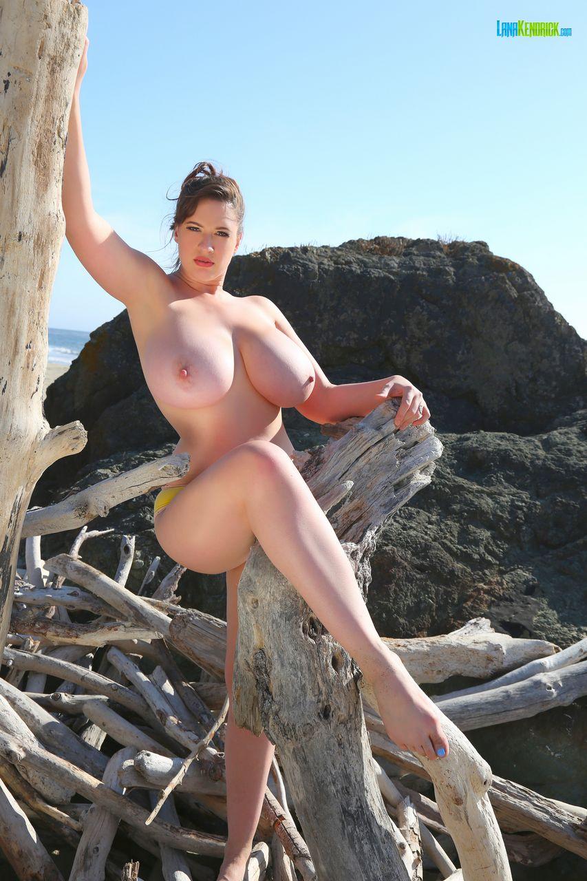 Nude old ladies beach-1223