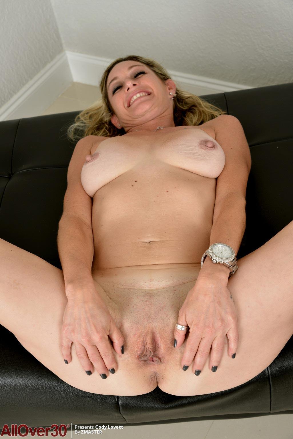 Cody Lovett Milf Takes off her Lingerie