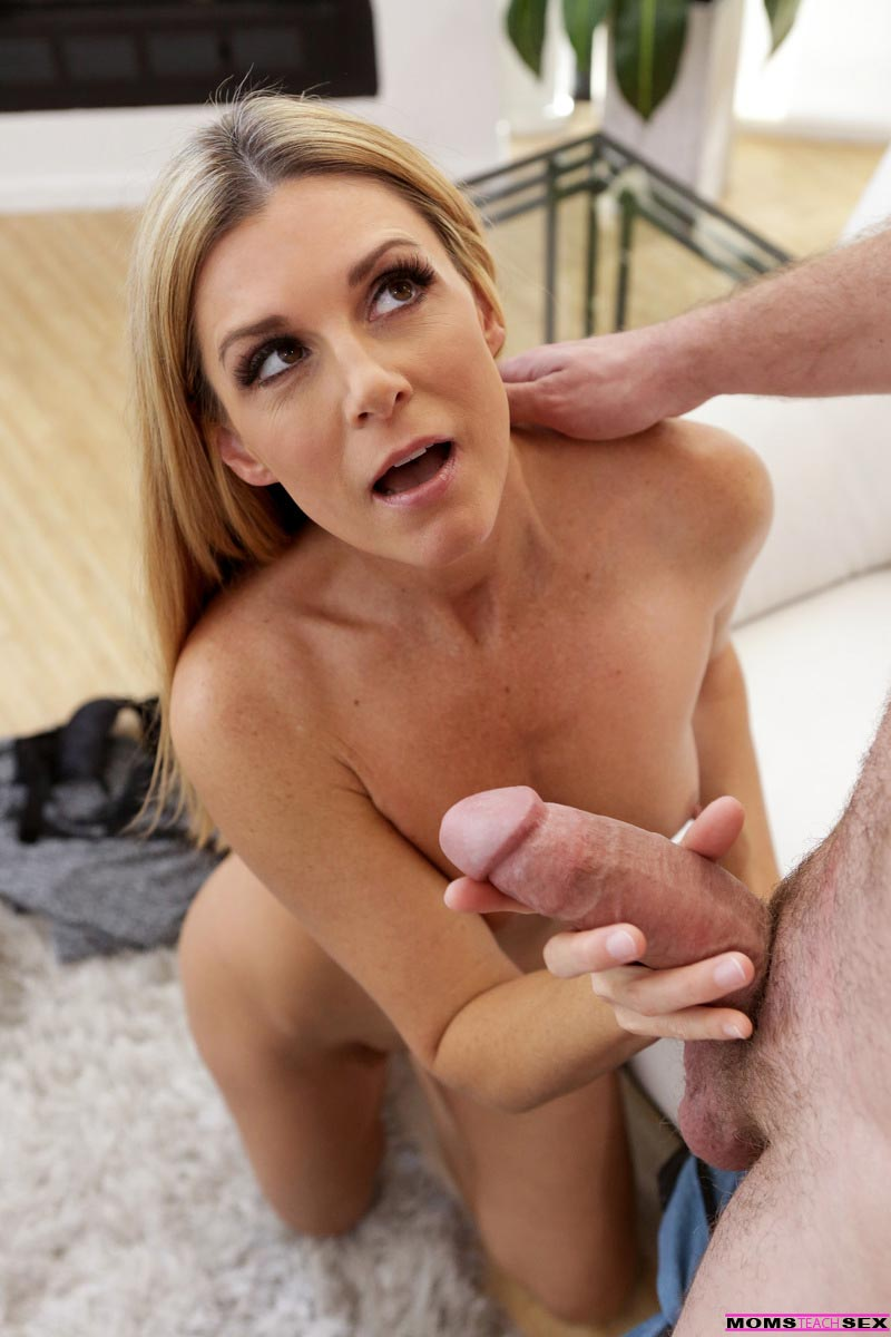 India Summer Blonde Milf Drilled Deep-4540