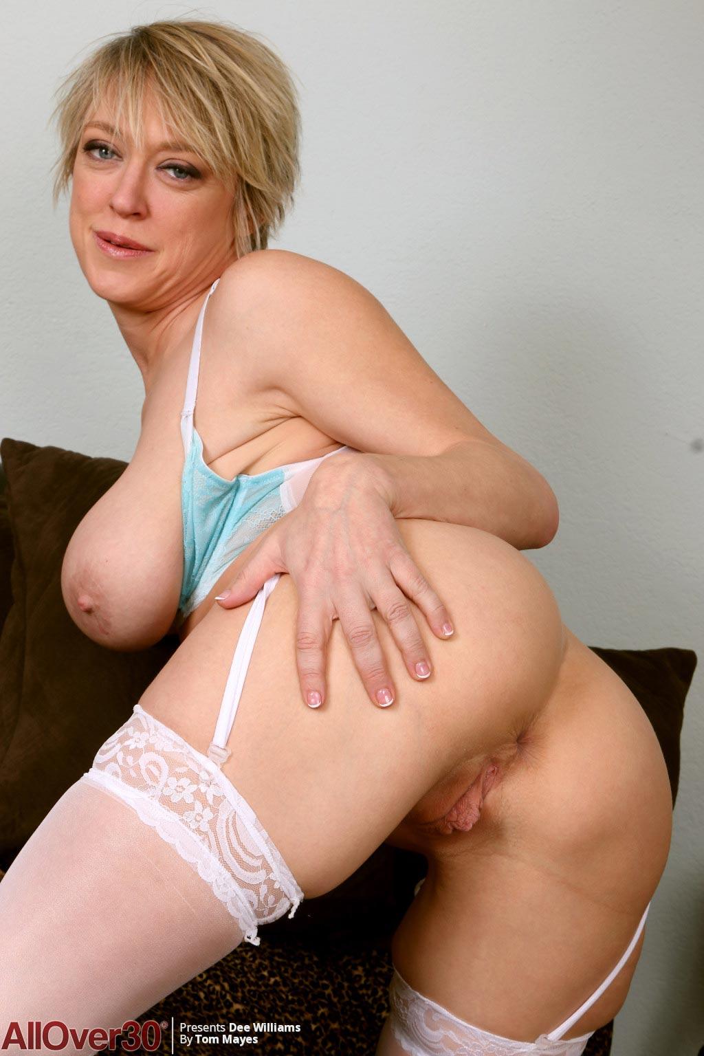 Stockings milf porn-7819
