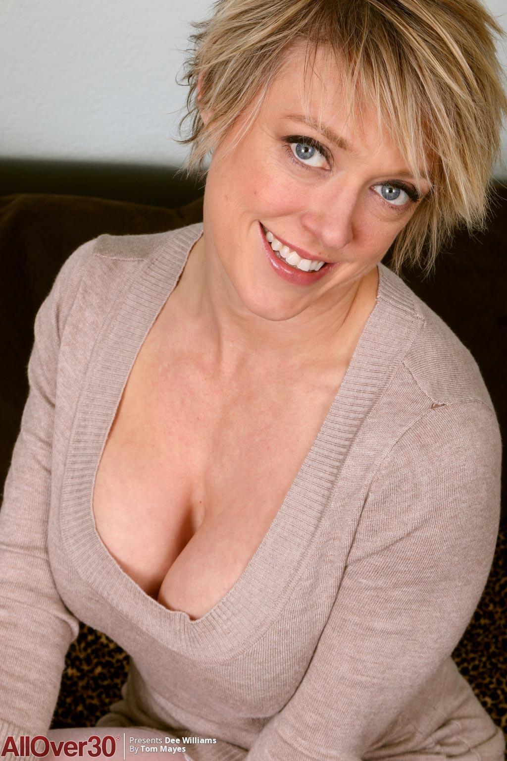 Dee Williams Milf Pornstar In Stockings-3443