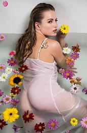 Scarlett Sage in Bathing Beauty