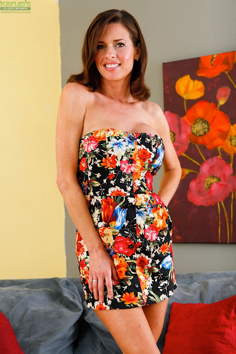 Veronica avluv is a thirsty kitty 6