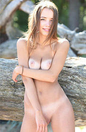 Saloma Tanlined Bombshell In the Outdoors