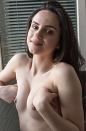 Legla Tiny Naked Brunette