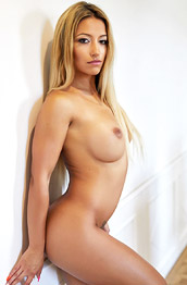 Pearl Naked Tan Hottie