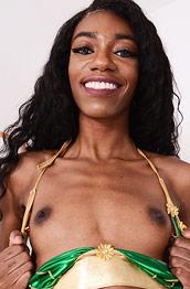 Chanel Skye Slender Ebony Babe