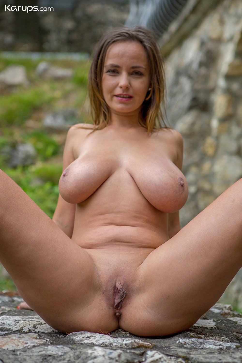 Stella Jones Masturbates Outdoors-6713