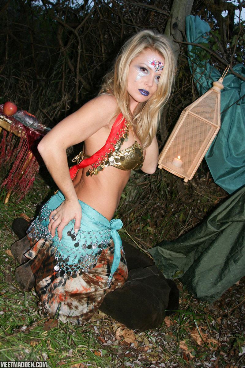 British sexy gypsy girls — pic 4