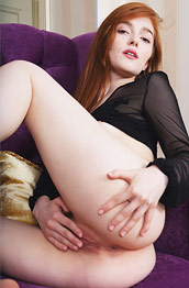 Jia Lissa Pale Ginger