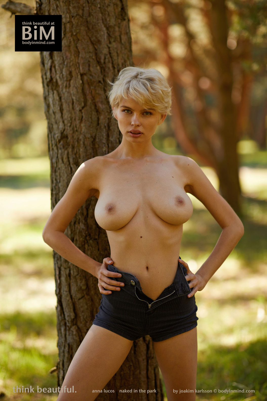 Anna Lucos Nude in the Park