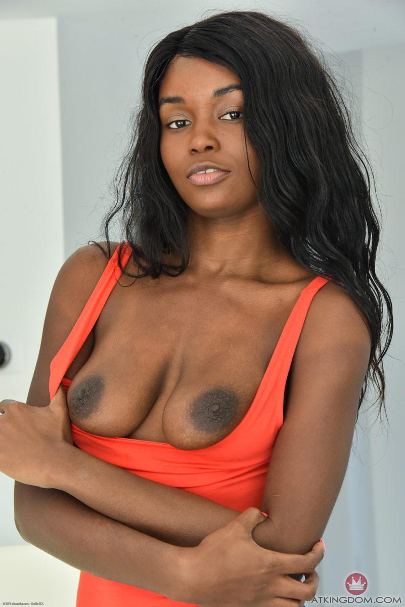 Kandie Monaee