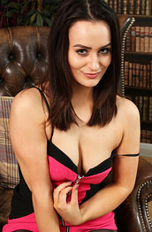 Brooke Ashleigh Brunette in Pantyhose