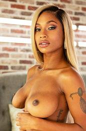 Sarai Minx Absolute Ebony Goddess