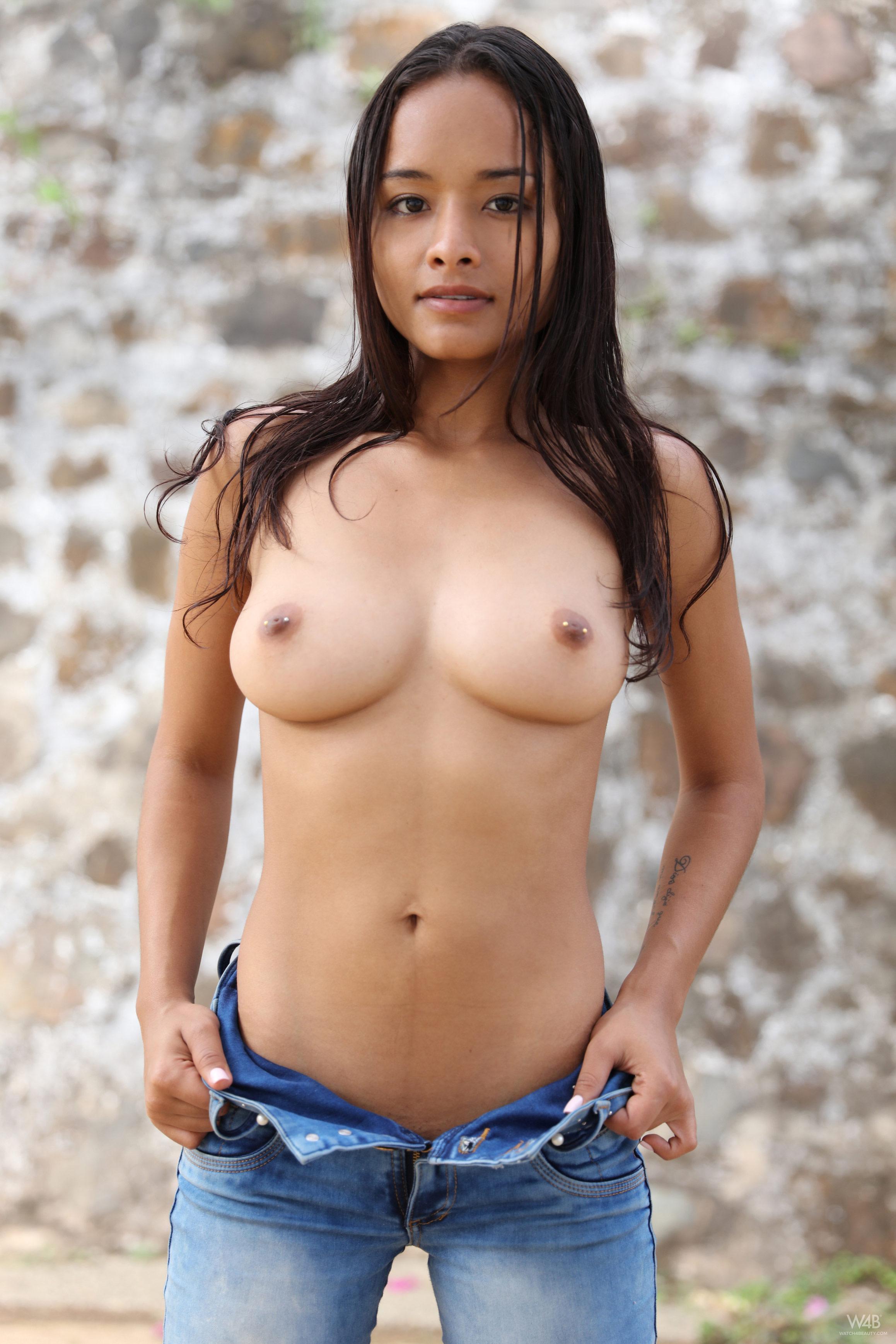 Top nude sex