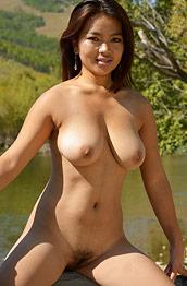 Aynur Nude in the Sun