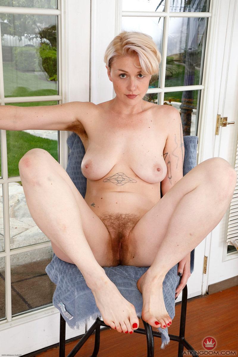 Dakota Rose Hairy Blonde Toying