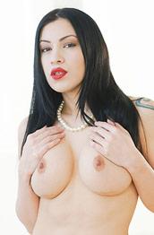 Cassandra Cain Exotic Nude Milf
