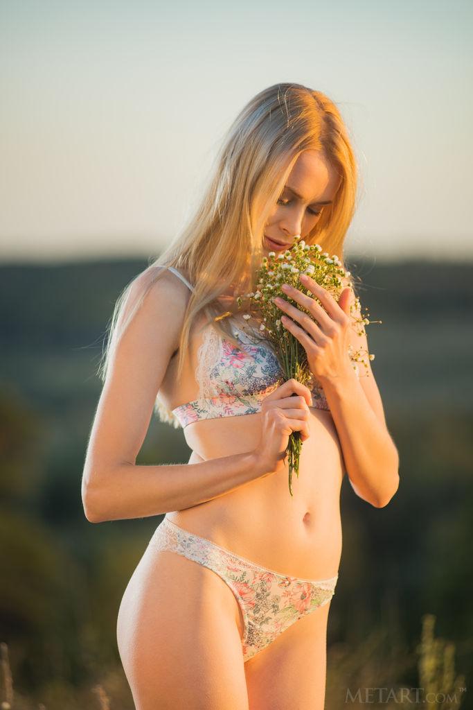 Nackt  Maria Wild Maria Taylor