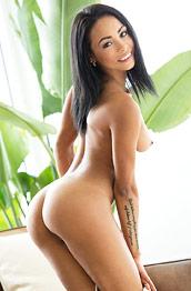 Gulliana Alexis Exotic Lean Babe