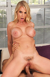 Rachael Cavalli Jizzed after Hard Sex