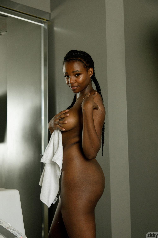 Naked girl on gorl