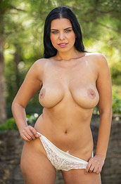 Kira Queen Strips in the Big Backyard