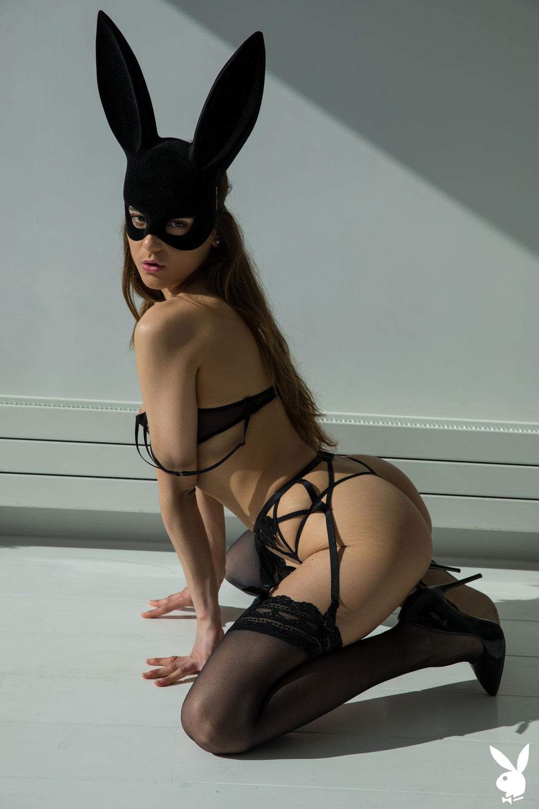 asian-bunny-playboy