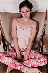 Rosalyn Sphinx  nackt